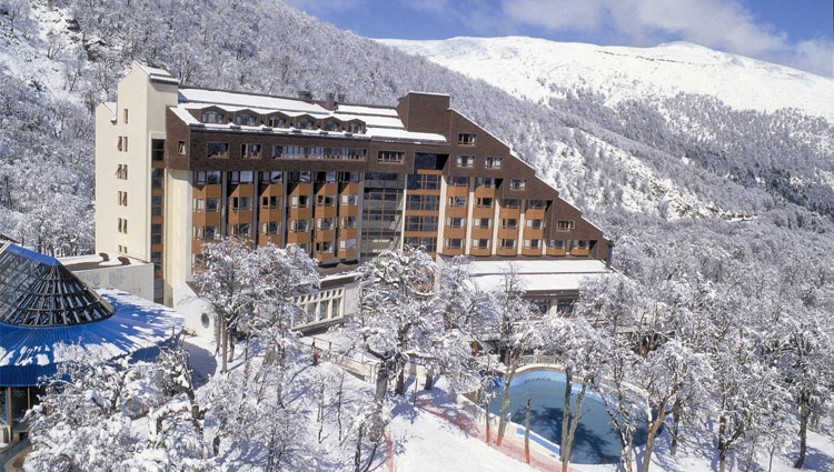 Ski Vacation Package - Termas De Chillan, Chile